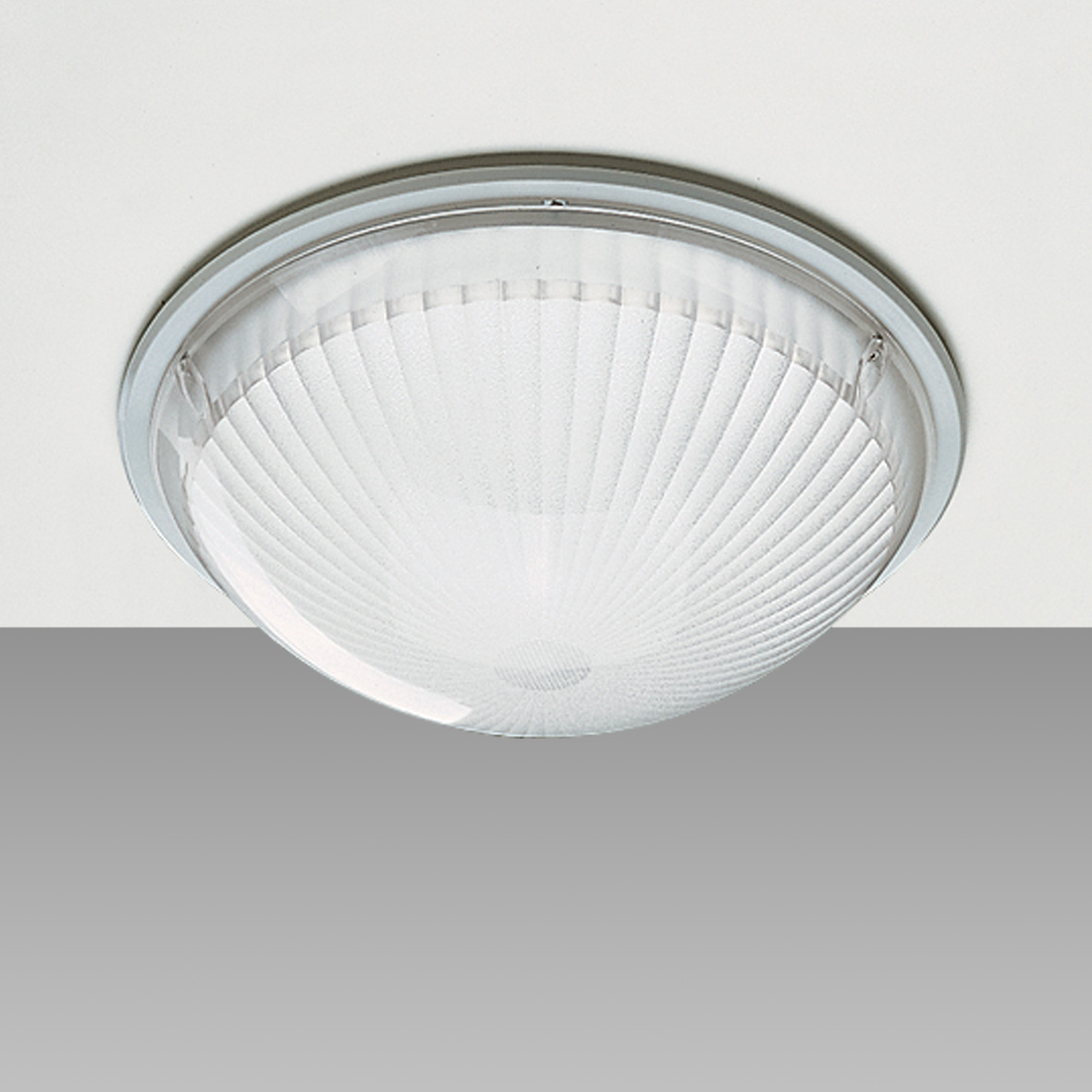 1846 Globo - partially recessed LED